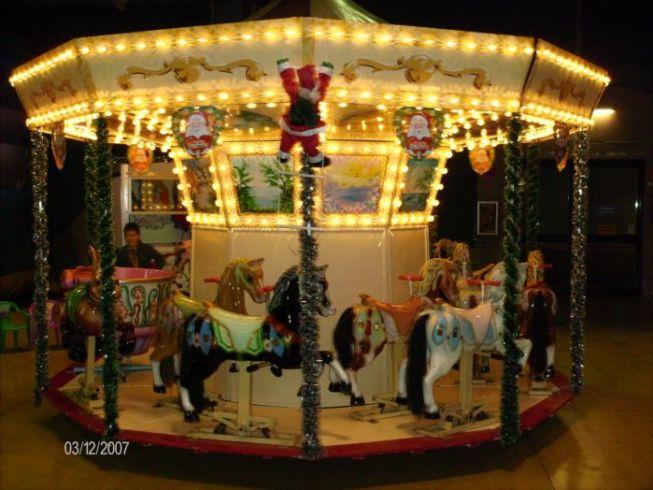 Noleggio giochi gonfiabili e giostre emilia romagna for Giostre luna park usate