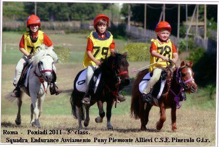 I giovani atleti della ns Scuola sul podio alle PONYADI 2011 Centro Equestre Federale  Pratoni del Vivaro