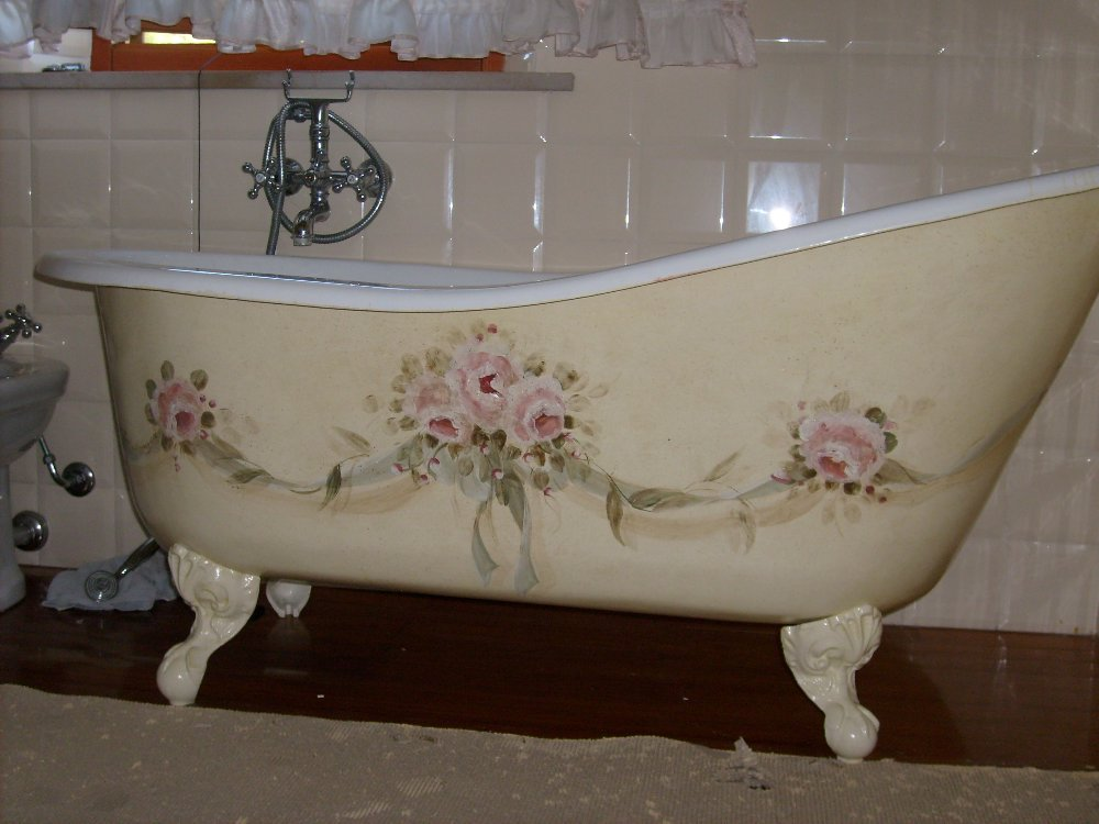 Arredamento stile shabby chic arredare interni ed esterni della casa vasche da bagno shabby chic - Bagno shabby immagini ...
