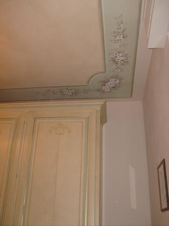 soffitto con armadio abbinato