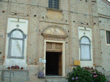 La facciata della Chiesa di S. Biagio - Miroglio
