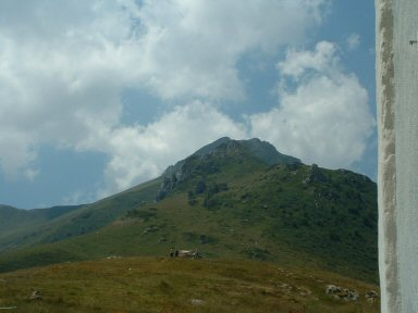 Panorama sullo sfondo il Mondolè