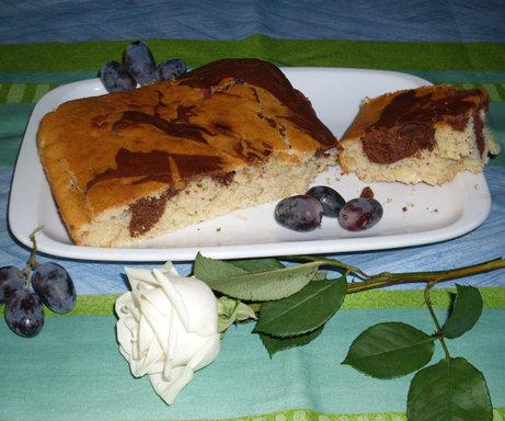 Torta bicolore per il caffelatte