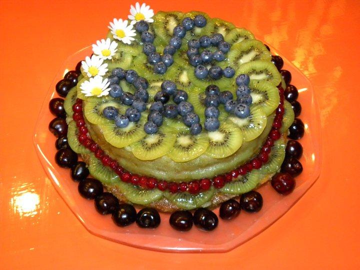 Kiwi e frutti di bosco