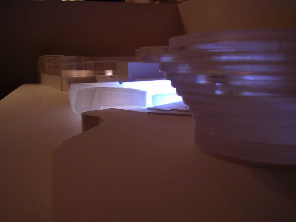 modello in resina epossidica e metacrilato con illuminazione a LED