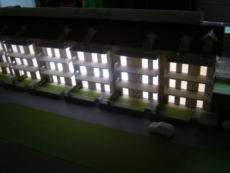 centro residenziale 1:100 con illuminazione