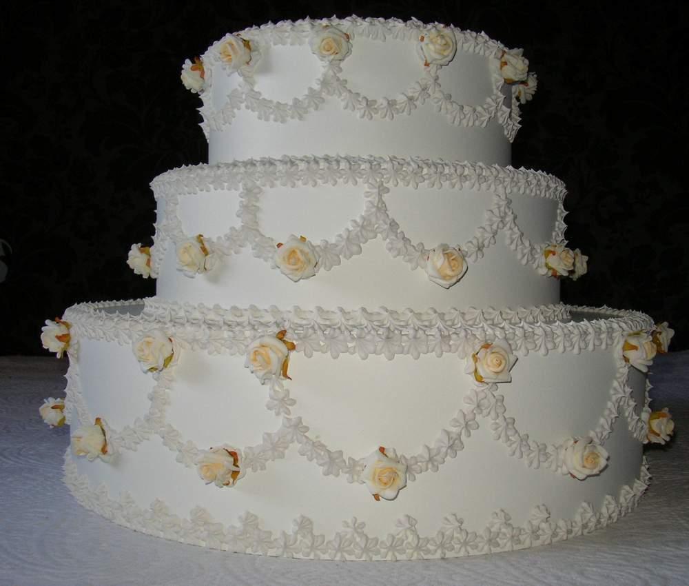 torta matrimoniale diametro 45 cm, altezza 35 cm