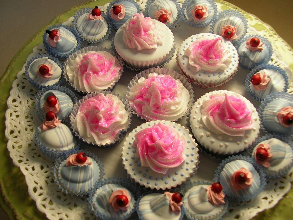 pasticceria mignon con glitter rosa