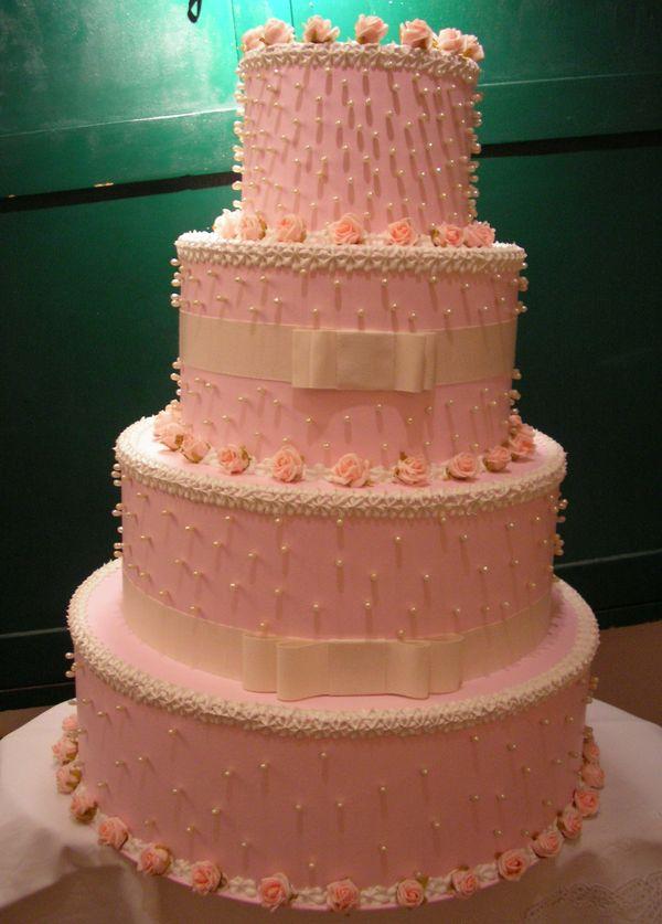 torta matrimoniale rosa con roselline e perle